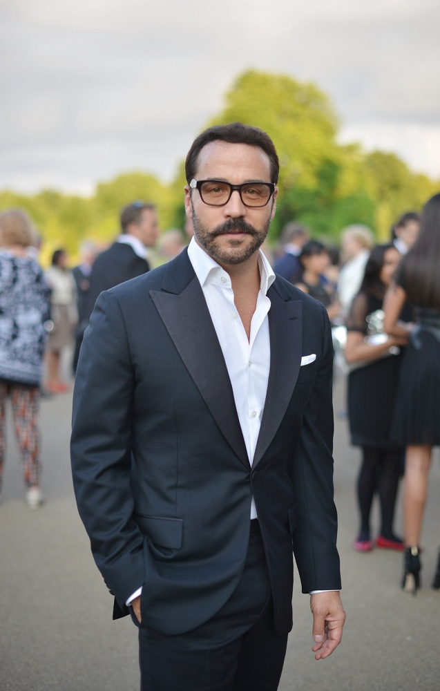 People & Events - Jeremy Piven